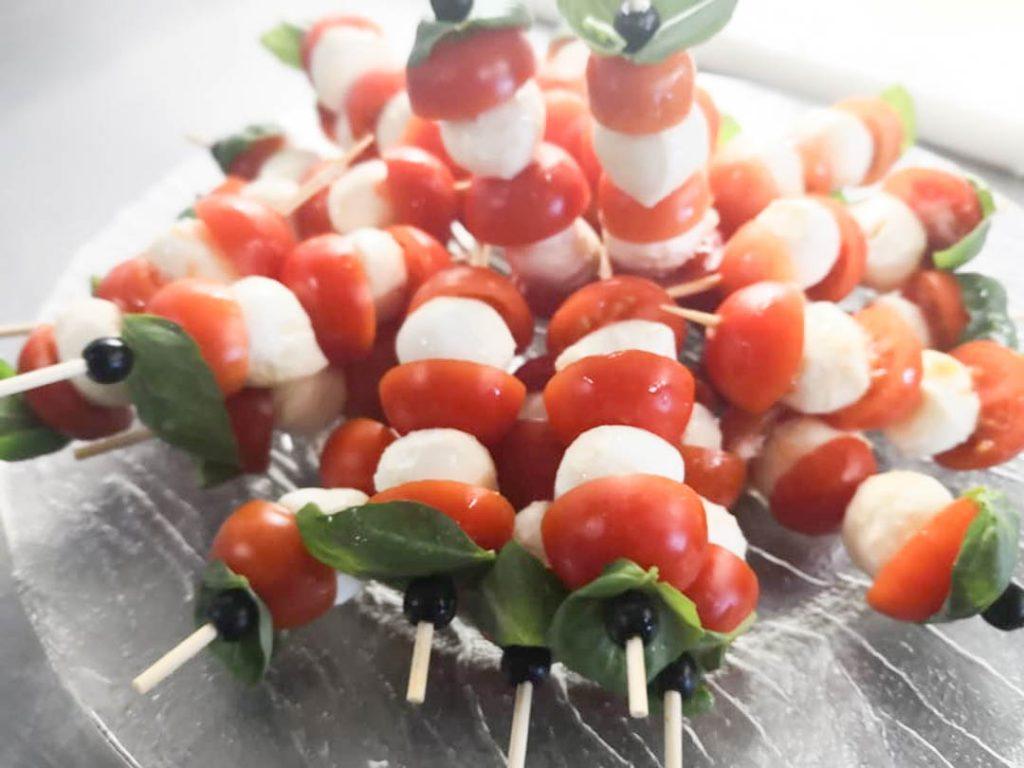 Tomate Mozzarella als Fingerfood