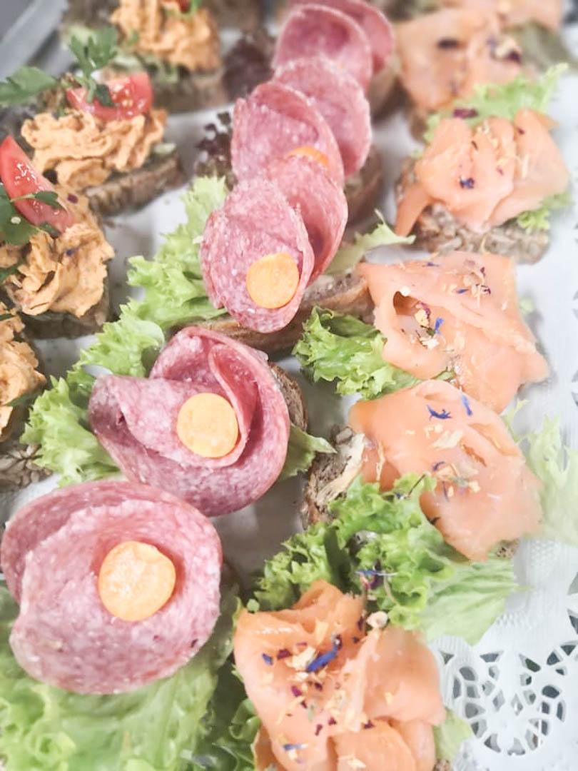 Fingerfood mit Lachs oder mit Salami