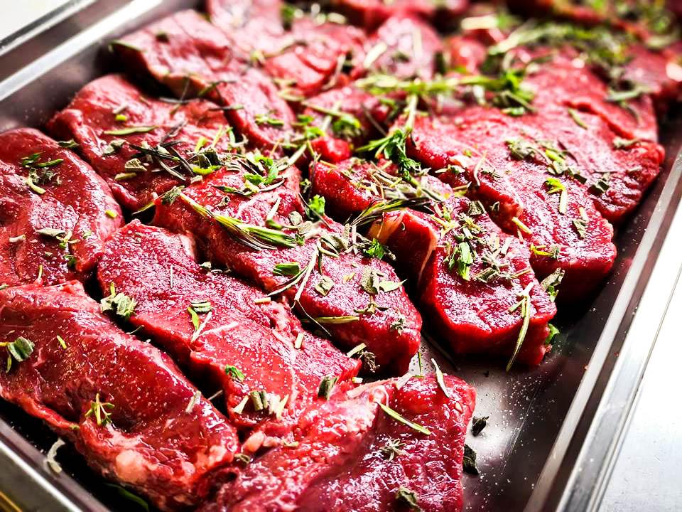 Rinderlende darf beim Grillevent nicht fehlen