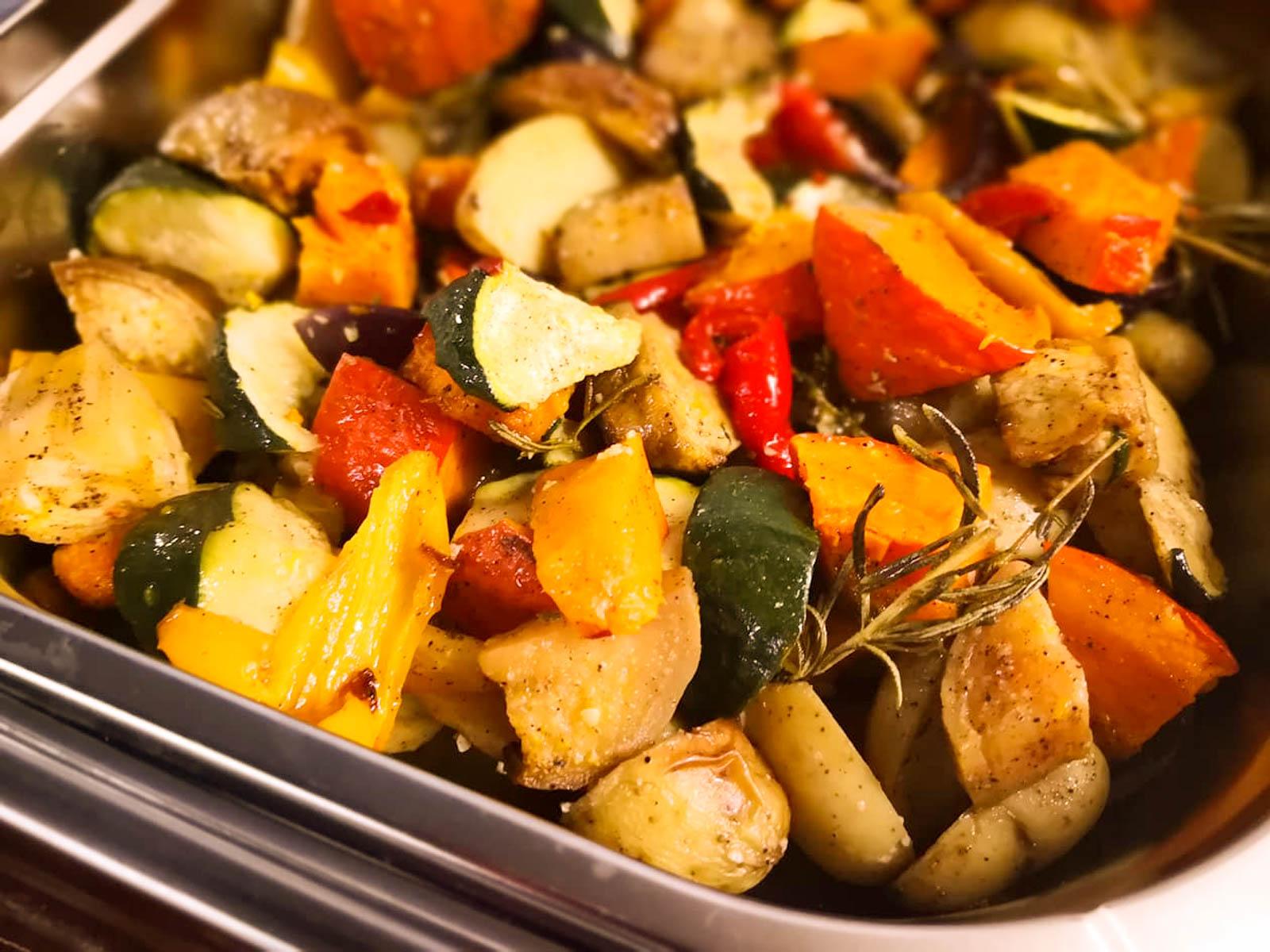 frisches Gemüse für das mediterrane Buffet