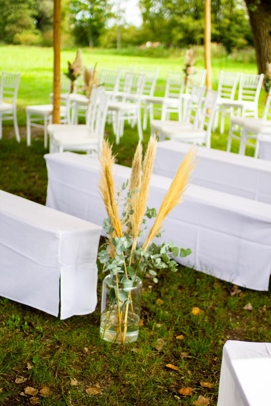 Freie Trauung für die Outdoor-Hochzeit